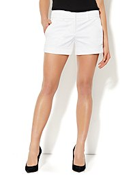 7th Avenue Cuffed Short - White