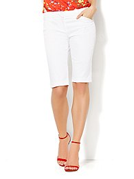 7th-avenue-design-studio-13-bermuda-short-signature-fit-optic-twill-