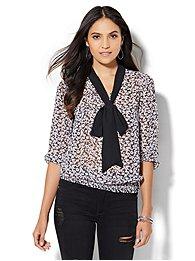 7th-avenue-design-studio-contrast-trim-tie-front-blouse-floral-