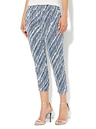 City Crepe - Slim Crop Soft Pant - Print