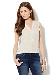 Split-Neck Popover Shell - Clip Dot