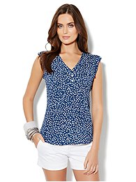 Two-Pocket Sleeveless Blouse - Abstract Print