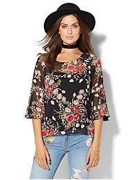 bell-sleeve-hi-lo-blouse-black-floral-
