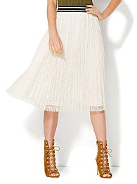 pleated-lace-skirt-