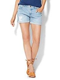 soho-jeans-bowery-4-boyfriend-short-rip-repair