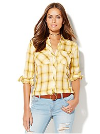 soho-soft-shirt-hi-lo-plaid-