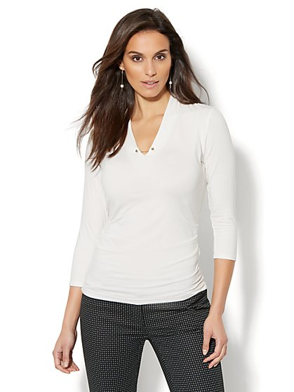 7th Avenue - Chain-Link Detail Shirred Top - White - New York & Company