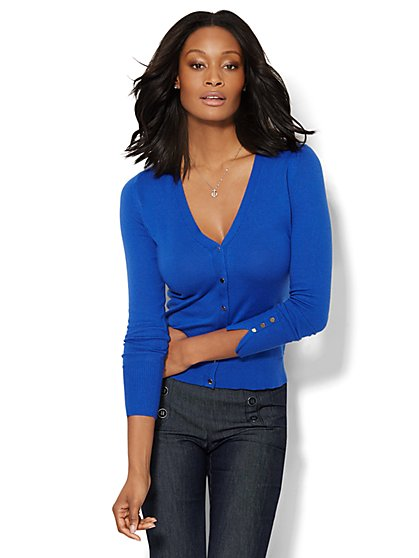 7th Avenue Design Studio - Chelsea V-Neck Cardigan - Solid  - New York & Company