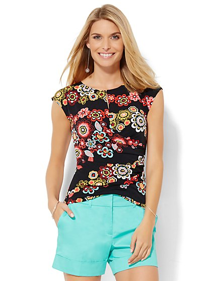 7th Avenue Design Studio - Draped Keyhole Tee - Floral  - New York & Company