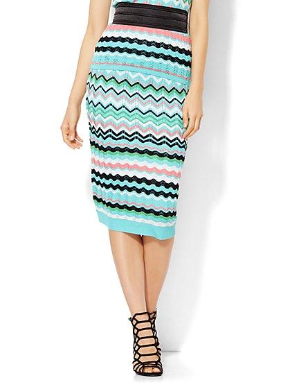 7th Avenue Design Studio - Pleated Knit Skirt - Zigzag Stripe  - New York & Company