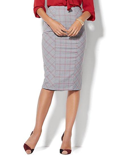 7th Avenue Design Studio Ruffle-Back Skirt - Signature Fit - Campfire Red - Petite  - New York & Company