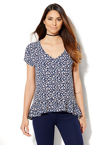 7th Avenue Design Studio - Ruffled V-Neck Blouse - Floral - Navy   - New York & Company