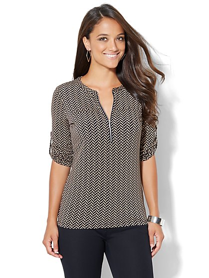 7th Avenue Design Studio - Zip-Front Top - Chevron Print  - New York & Company