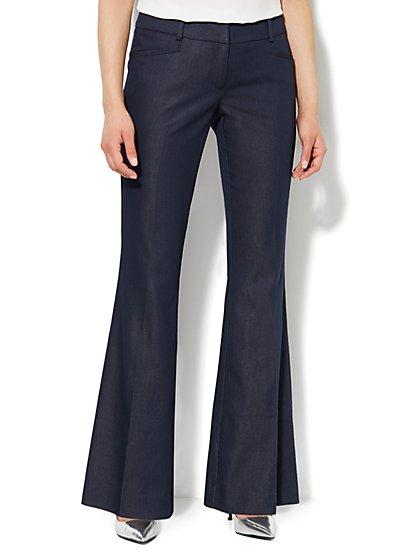 7th Avenue Pant - Signature Fit - Flare-Leg - Navy  - New York & Company
