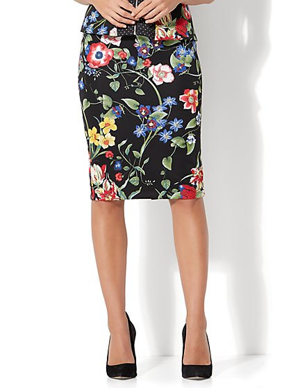 7th Avenue - Pull-On Pencil Skirt - Black Floral - Petite - New York & Company