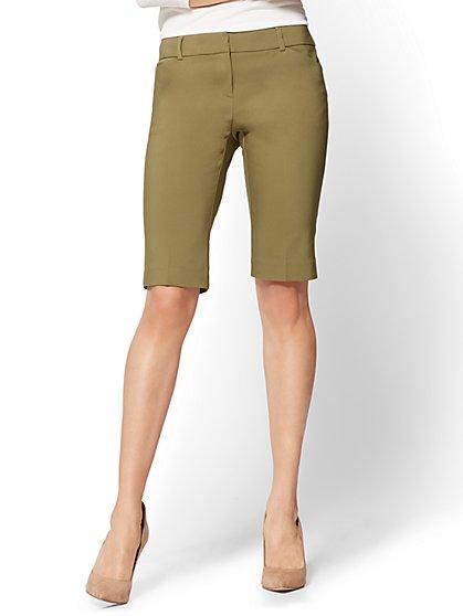 7th Avenue - Slim-Leg Bermuda Short - Signature - Olive - New York & Company