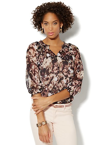 Abstract-Print Shirred Blouse - New York & Company