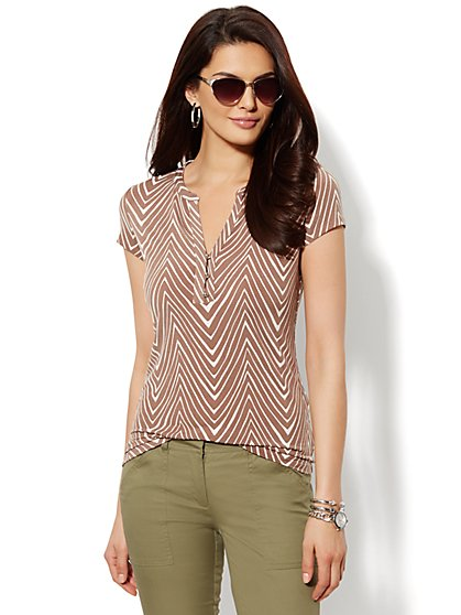Abstract-Stripe Short-Sleeve Top   - New York & Company