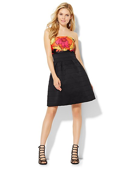 Bandage Flare Dress - Black  - New York & Company
