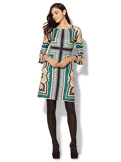 Bell-Sleeve Shift Dress - Medallion Print - New York & Company