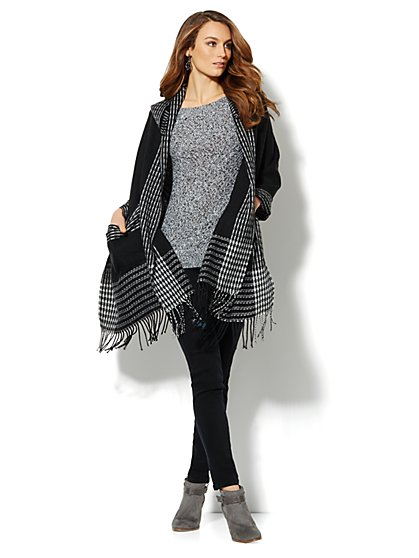 Black & White Trim Cape - New York & Company
