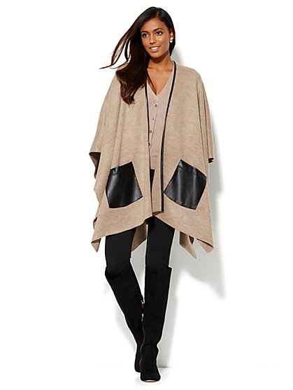 Blanket Wrap - Faux–Leather Pockets - New York & Company