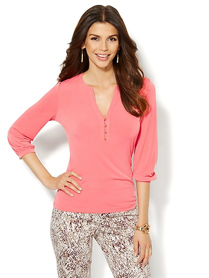 Button-Accent Split-Neck Top - Solid - New York & Company