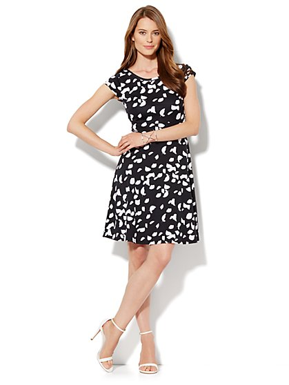 Cap-Sleeve Flare Dress - Abstract Print