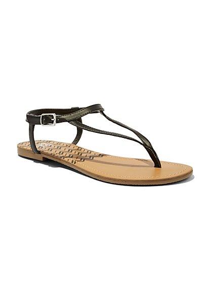 Chevron-Print Thong Sandal  - New York & Company