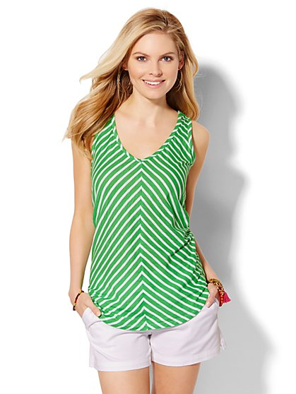 Chevron-Stripe Tank Top  - New York & Company