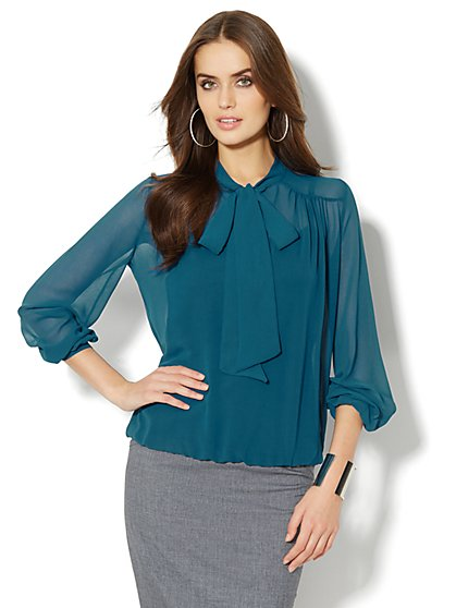 Chiffon Tie-Front Blouse – Solid - New York & Company
