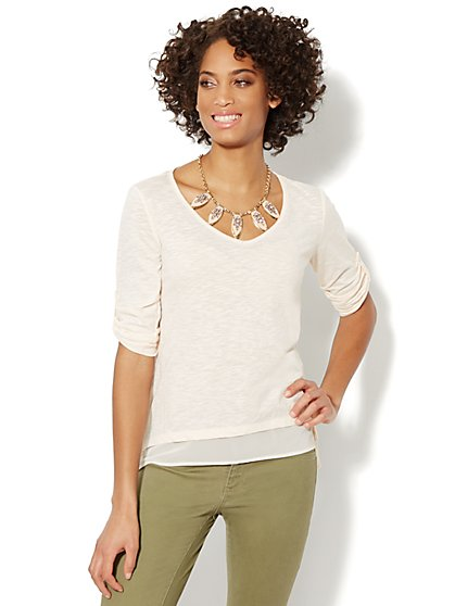 Chiffon-Trim Sharkbite V-Neck Top  - New York & Company