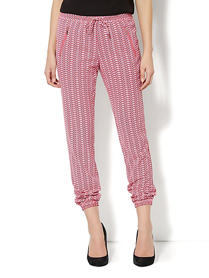 City Crepe - Banded Ankle Soft Pant - Zip Accent - Geo print - New York & Company