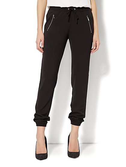 City Crepe - Banded Ankle Soft Pant - Zip Accent - Solid - New York & Company