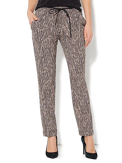 City Crepe - Faux-Leather Drawstring Soft Pant - Linear Print  - New York & Company