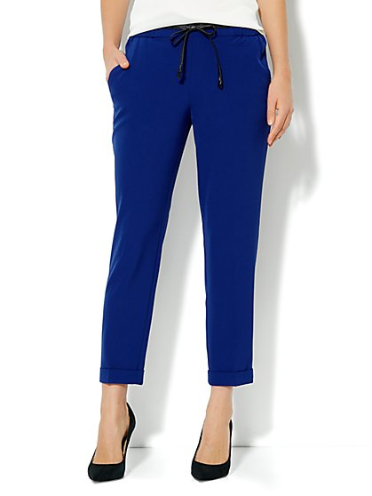 City Crepe - Faux-Leather Drawstring Soft Pant   - New York & Company