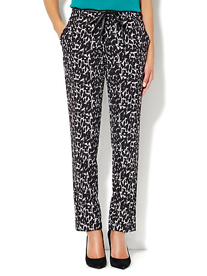 City Crepe - Faux-Leather Drawstring Soft Track Pant - Print - New York & Company