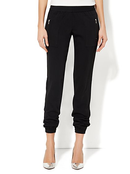 City Crepe - Jogger Soft Pant - Black - New York & Company