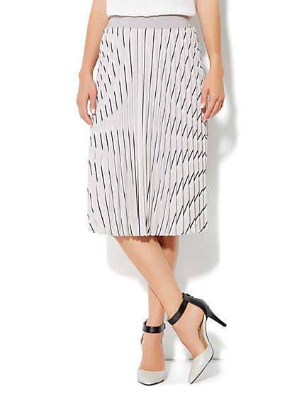 City Crepe - Pleated Stripe Skirt - New York & Company