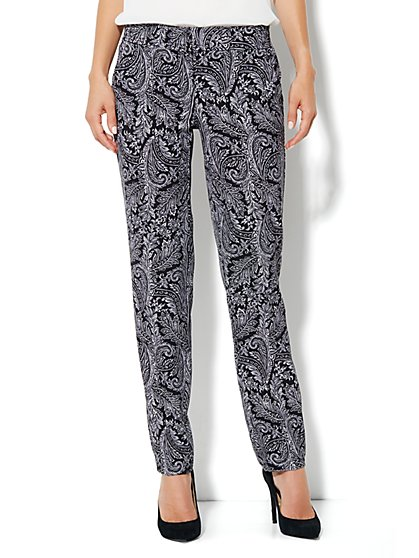 City Crepe - Slim Leg Soft Trouser Pant - Paisley - New York & Company