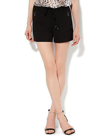 City Crepe - Soft Drawstring Short - Black  - New York & Company