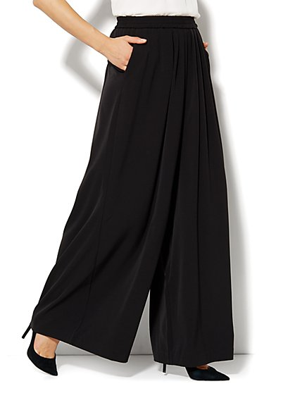 City Crepe - Super Wide Soft Pant - New York & Company