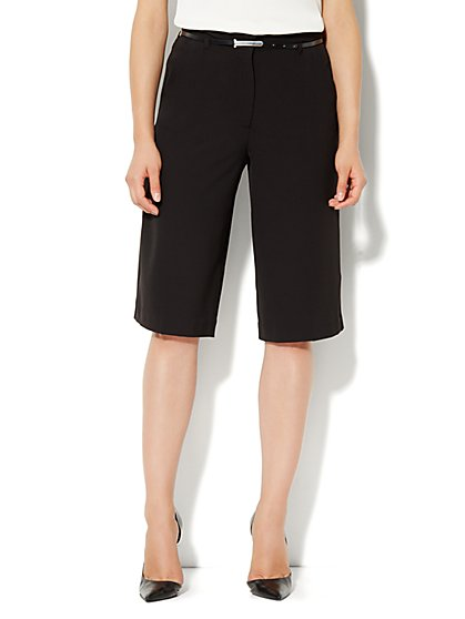 City Crepe - Wide Leg Crop Soft Pant - New York & Company