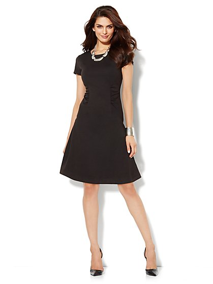 City Slim Control Ruched-Panel Dress - New York & Company