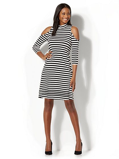 Cold Shoulder Swing Dress – Stripe - New York & Company