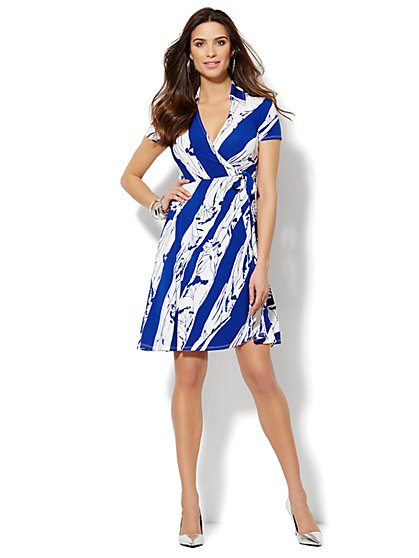 Collared Wrap Dress - Abstract Print  - New York & Company