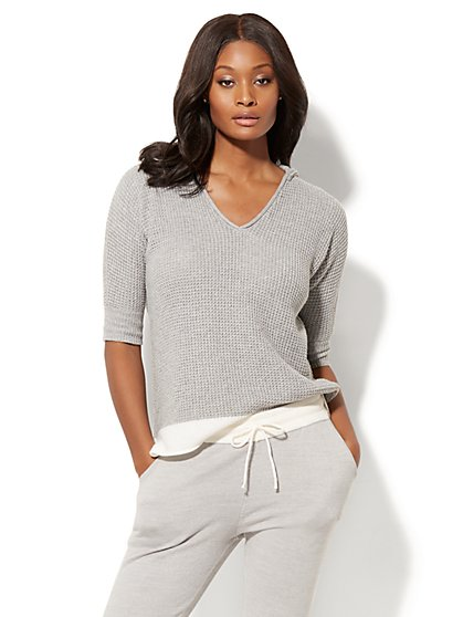 Contrast-Trim Hooded Sweater - New York & Company
