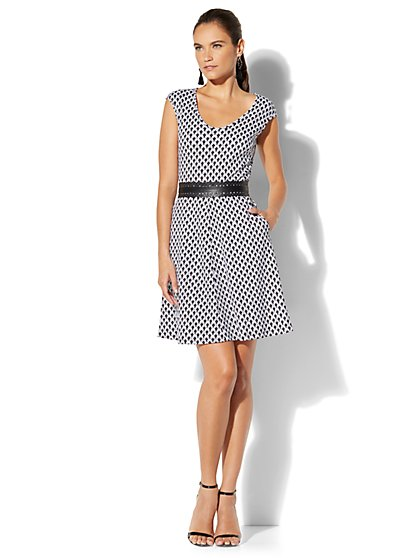 Cotton V-Neck Fit & Flare Dress - Print - Petite - New York & Company