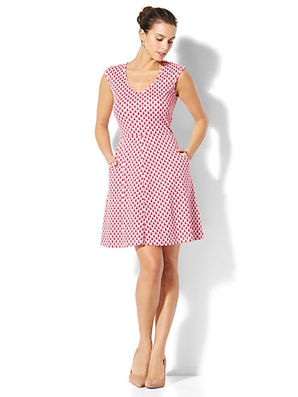 Cotton V-Neck Flare Dress - Print - New York & Company