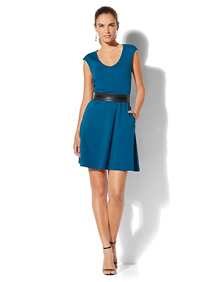Cotton V-Neck Pocket Fit & Flare Dress - Petite - New York & Company